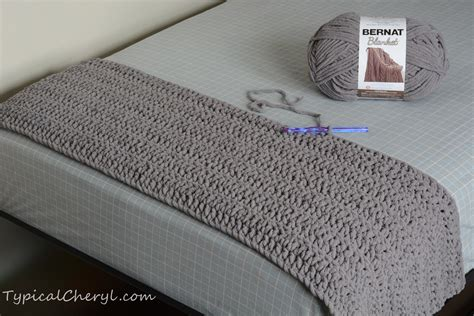 how many skeins of yarn to knit a blanket simple crochet blanket using bernat blanket yarn how many