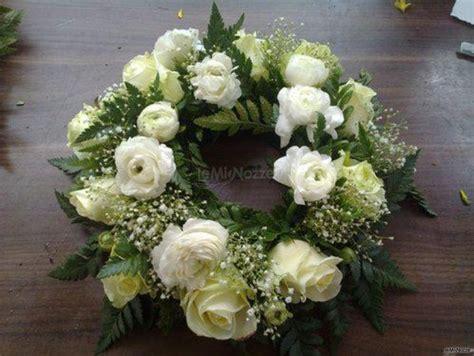 composizione fiori freschi composizione fiori freschi negozio fiori e fantasia
