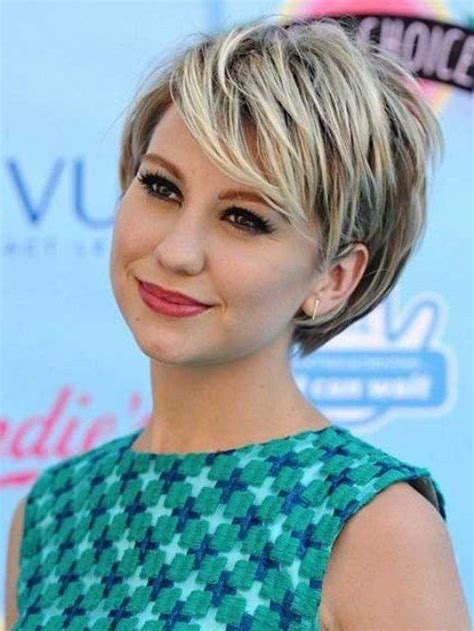 hairstyles for thin hair and double chin short hairstyles for round faces women s bobs two tones