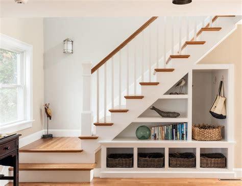 stair storage ideas rangement sous escalier et id 233 es d am 233 nagement alternatif