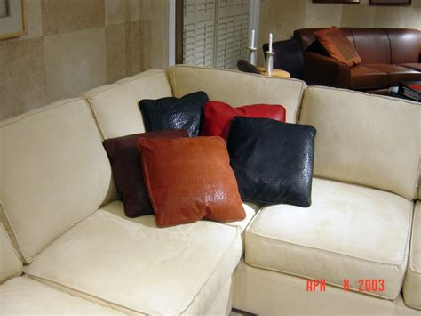 Spray Paint Leather Sofa Can You Spray Paint Leather Sofa Robert Michael Sofa