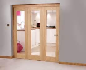 Closet Doors Uk Solid Wood Bifold Closet Doors Choosing An Bifold Door Or Roomfold System Vibrant