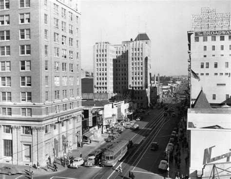 hollywood vine news los angeles ca looking east towards hollywood and vine in