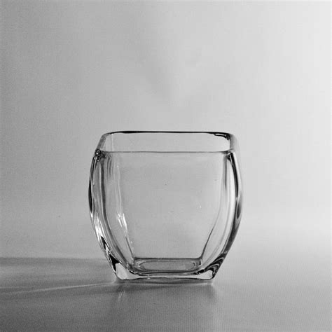 Glass Photo Vase by Wholesale Discounts On Rounded Square Glass Vases In San
