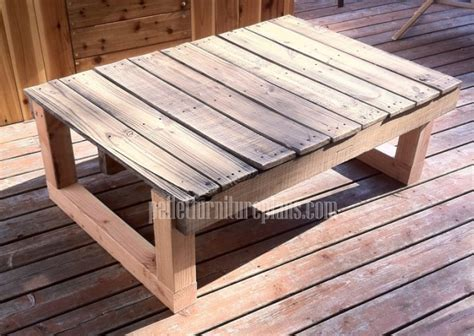 12 diy recycled pallet tables pallet furniture plans