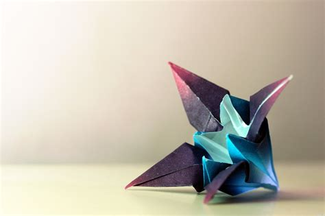 Amazing Origami Creations - iris origami