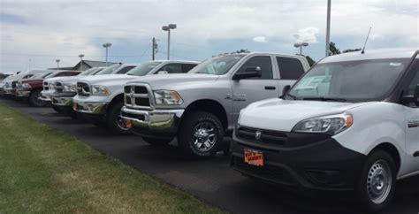 truck dayton ohio commercial truck dealer dayton ohio sherry chryslerpaul