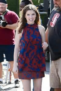 anna kendrick voice over anna kendrick stuns in a flirty mini dress for tv