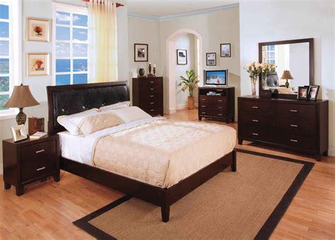 como decorar un cuarto matrimonial con poco espacio muebles para un dormitorio de matrimonio im 225 genes y fotos