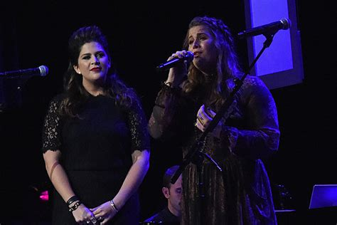 Hillary Scott Loves Sharing Shoes Memories With Sister Rylee