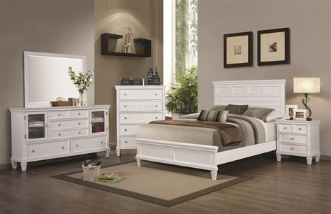 Coaster White Bedroom Furniture by Camellia 200221 Bedroom In White By Coaster W Options