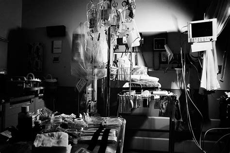 temple emergency room the story what bullets do to bodies by jason fagone columbia journalism review