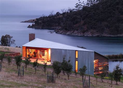 island house by iroje khm architects men s gear modern tasmanian barn transformation