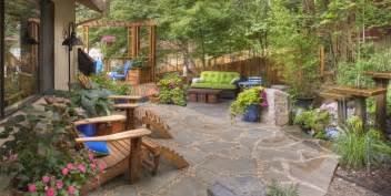 Flagstone Patio Design by Flagstone Patio Benefits Cost Amp Ideas Landscaping Network