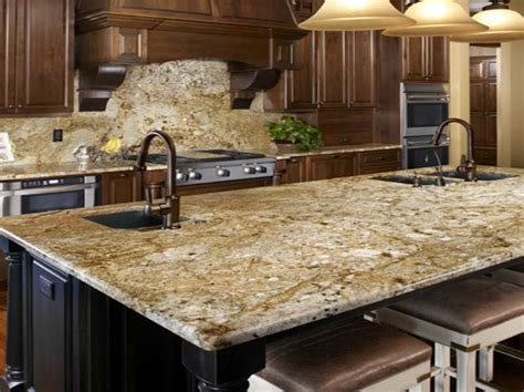 new venetian gold granite for the kitchen backsplash ideas