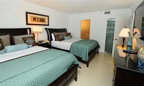 cheap 1 bedroom apartments in miami 1 bedroom apartments for rent in miami venetian at