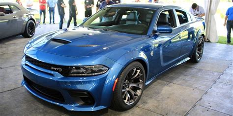 preview  dodge charger srt hellcat widebody