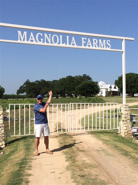 chip and joanna gaines farmhouse address magnolia farms waco texas