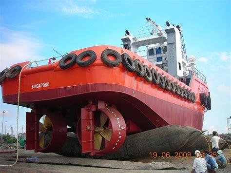 tugboat engine tugboats sold 32 m 3200 bhp twin engine