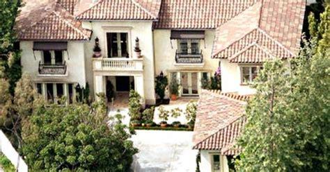 Britneys Real Estate Woes by Real Estate Us Weekly