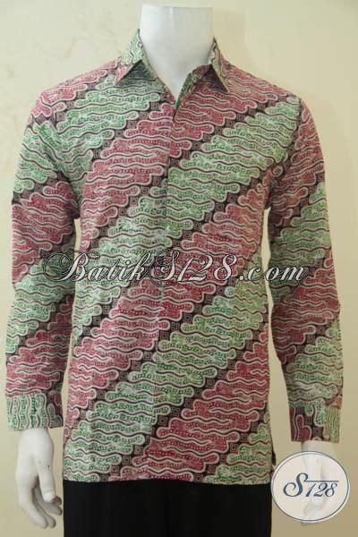 kemeja batik halus berbahan adem proses cap tulis motif kemeja batik klasik warna cerah busana batik pria dewasa