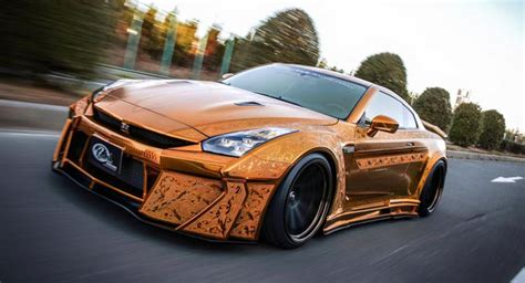 gold nissan car tuningcars kuhl racing s gold chrome nissan gt r