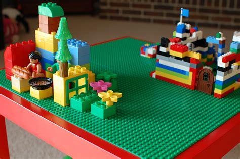 Diy lego table a bird and a bean