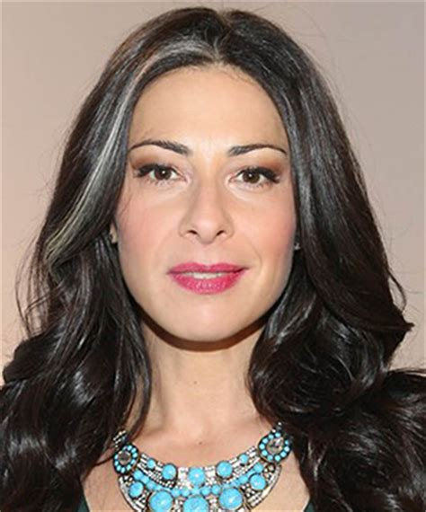 woman with white hair but have streaks stacy london how to flaunt gray hair like a celebrity