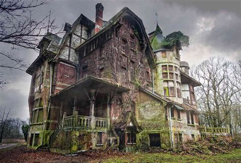 abandoned world photos of creepy abandoned houses around the world