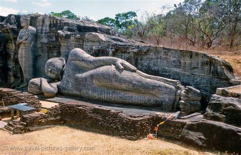 reclining buddha sri lanka pictures of sri lanka polonnaruwa 0018 reclining