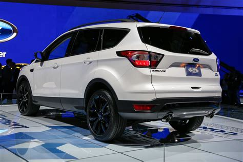 ford escape 2017 black sport appearance package shows up on 2017 ford escape