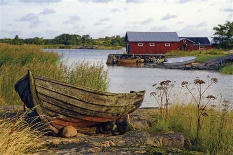 old vintage boat old wooden boat shutterbug