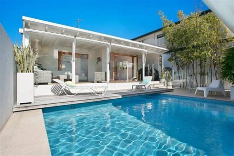 hton hostess htons pool house gold coast william s beach house with pool 3 br vacation