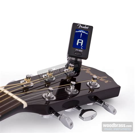 Fender Fct15ym Yngwie Malmsteen Chromatic Clip On Guitar Tuner fender ft 004 chromatic clip tuner woodbrass uk