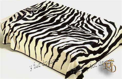 copriletto zebrato copriletto zebrato morbidissima coperta matrimoniale zebra