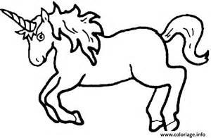 coloriage une licorne au galop jecolorie
