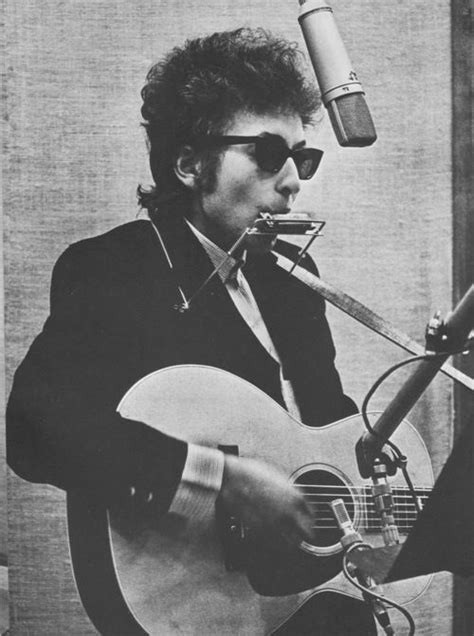Bob Dylan makes the harmonica look awesome, everytime