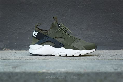 Nike Khaisi Run huarache ultra run kaki