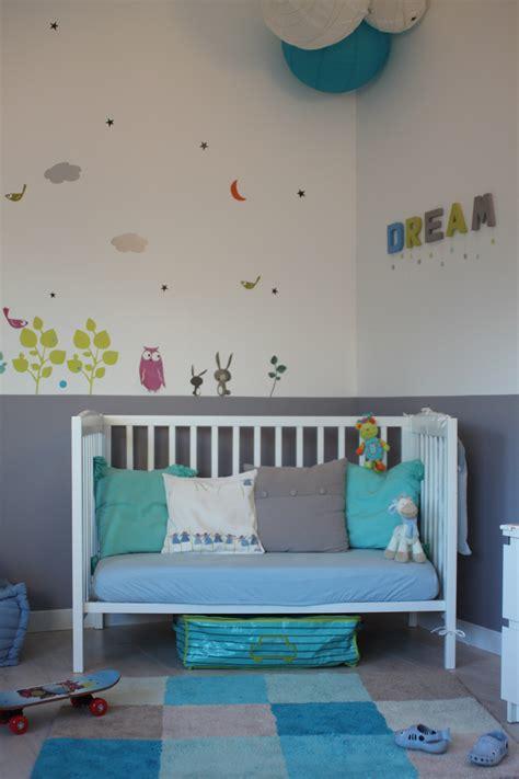 chambre enfant bleu best chambre bleu turquoise et jaune photos design