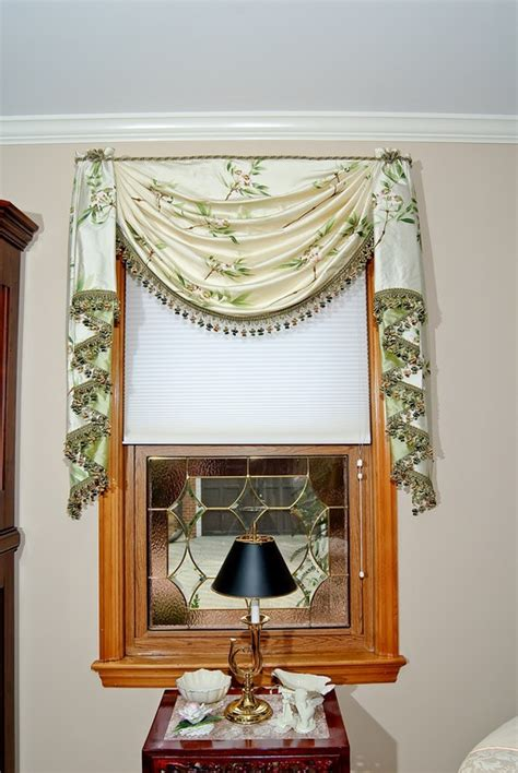 Swags And Cascades Curtains 17 Best Images About Swags Jabots On Pinterest Town And Country Satin And Bold