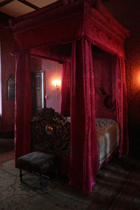 Gothic Bedroom Sets | bedroom red gothic bedroom furniture sets