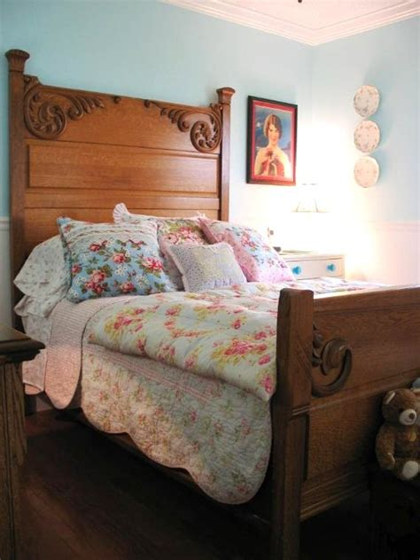 cottage style bedding and curtains 25 best ideas about antique beds on pinterest pink