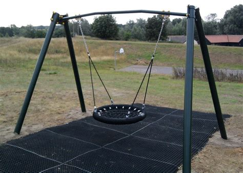 Heavy Swings swings play quip