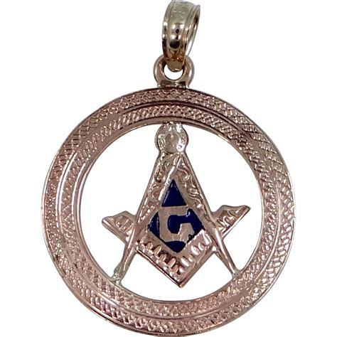 10k 14k gold enamel masonic pendant from mur sadies on
