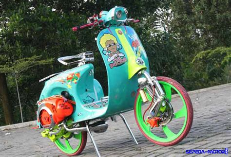 Modifikasi Vespa Balap Indonesia by Plus Minus Modifikasi Vespa Ring 17 Info Sepeda Motor