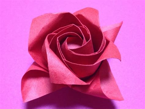 Folded Paper Roses - 186bf280f8e2cffc97f8a534b600f468 jpg