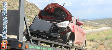 Burdick Hyundai Drivers by 2 Dogs Involved In I 15 Rollover St George News
