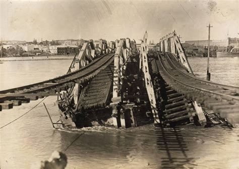 boat crash kwinana 10 of the worst bridge disasters in the past 100 years