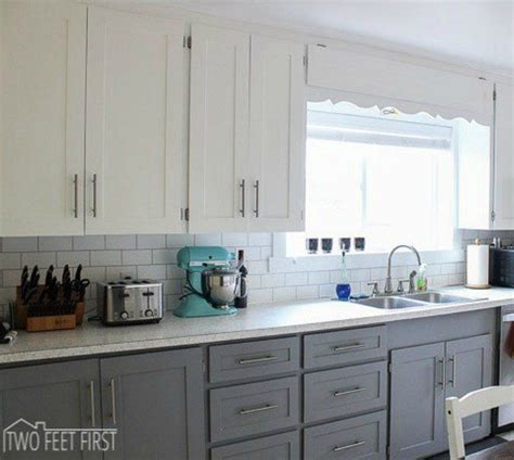 transforming kitchen cabinets 25 best ideas about refacing kitchen cabinets on