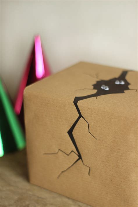 easy way to gift wrap 5 easy gift wrap ideas for presents growing spaces